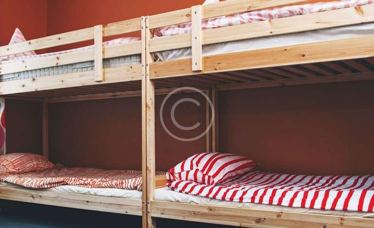 10 Bed Mixed Dorm